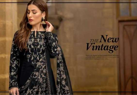 Arisha chowdary Luxury Lawn Collection 2018 by ZS Textiles