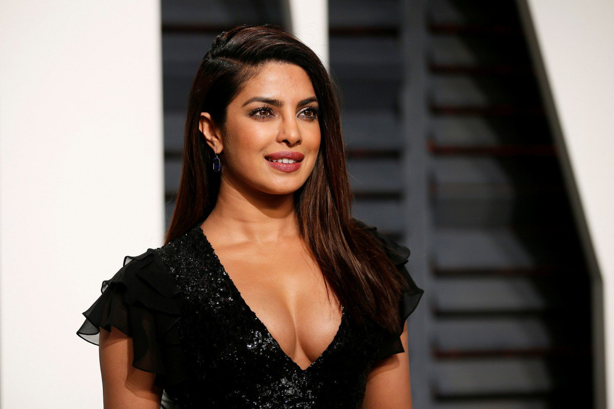 Priyanka Chopra is First Indian Actress to Feature on BehindTheTweets-1